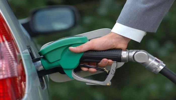 В Азербайджане прогнозируется увеличение производства бензина в следующем году
