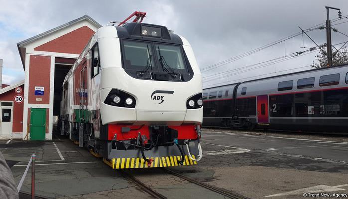 Alstom огласила сроки поставки в Азербайджан первого грузового локомотива для БТК