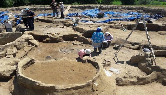 В Азербайджане найдены новые образцы материальной культуры поздней бронзы - раннего железа