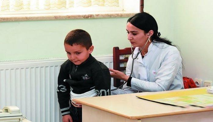 Кто следит за здоровьем детей в школе?