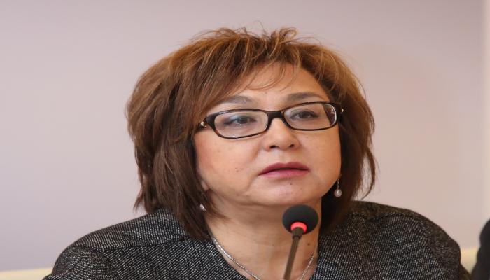 Малейка Аббасзаде: Пропускной балл устанавливает не экзаменационный центр
