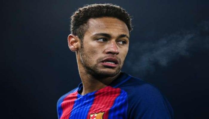 «Барселона» пообещала Неймару купить его