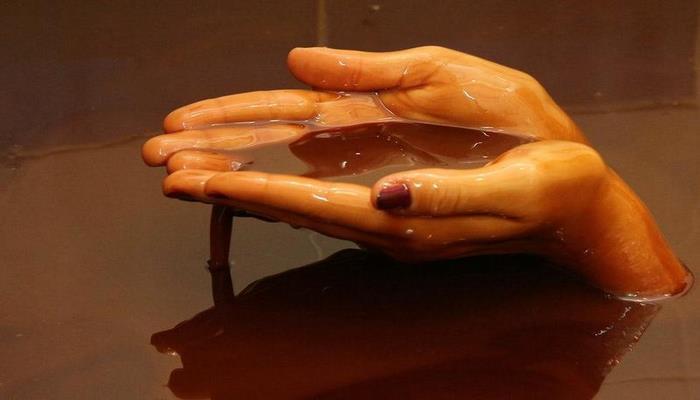 В Азербайджане начнут лечить эту болезнь с помощью нафталанской нефти