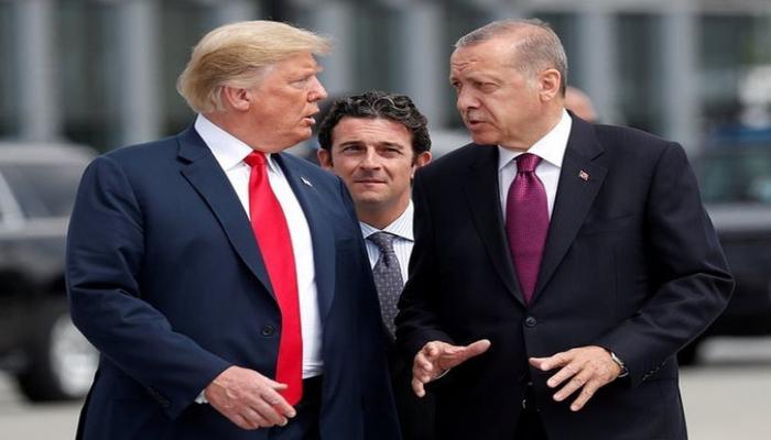 Эрдоган обсудил с Трампом по телефону ситуацию в Сирии