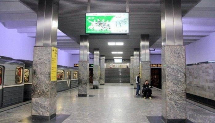 Bakı metrosunun sərnişinləri monitorların fəaliyyətindən narazadır, məsələ nəzarətə götürüldü