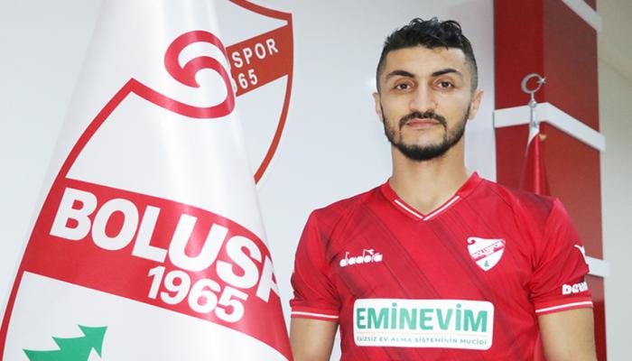 Араз Абдуллаев подписал контракт с турецким клубом