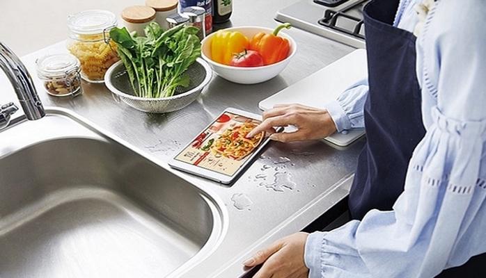 Huawei готовит планшет MediaPad M5 WaterPlay с поддержкой eSIM