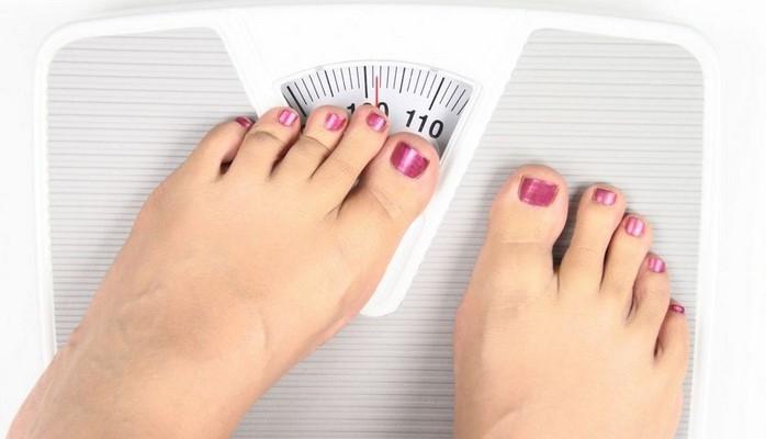 У женщин ожирение может спровоцировать рак кишечника