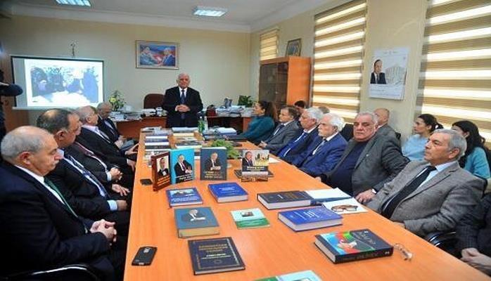 В Институте истории на академическом уровне изучают политическую и государственную деятельность великого Гейдара Алиева