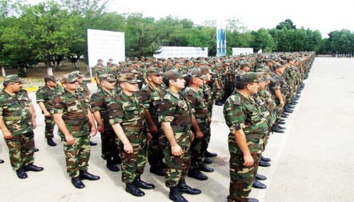 В Азербайджане призыв на воинскую службу продлен до 31 мая