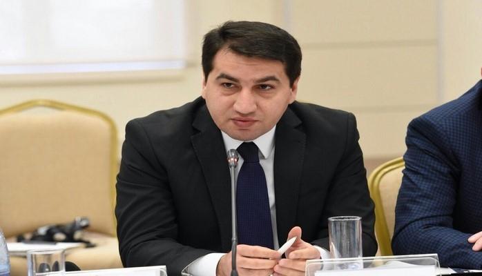 Хикмет Гаджиев: Попытки руководства Армении увязать армяно-азербайджанский конфликт с правами человека необоснованны и абсурдны