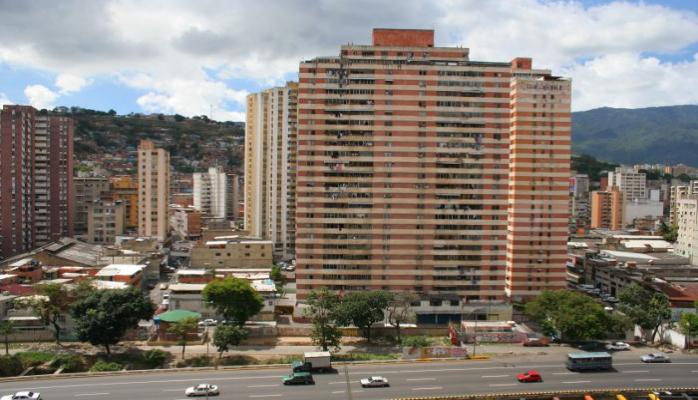 Boliviya Venesuela ilə diplomatik əlaqələrə son qoydu