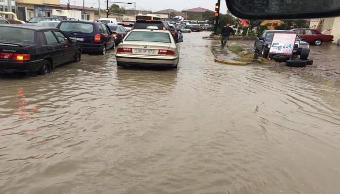 İcra Hakimiyyətindən yağış açıqlaması: Ciddi problem yoxdur