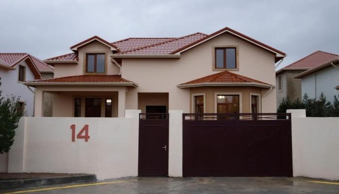 Семьям шехидов и инвалидам Карабахской войны переданы 10 новых частных домов в Гобу
