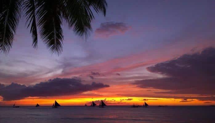 Без дайвинга и сувениров. Остров Боракай открывается для туристов