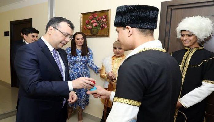 Министр отметил Новруз с воспитанниками приюта