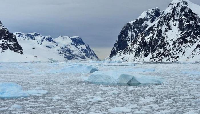 Учёные раскрыли загадку возникновения аномальной полыньи в Антарктиде