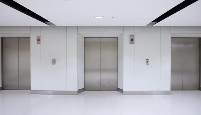 Paytaxtdakı binalarda lift təsərrüfatına qulluq necə təşkil olunur