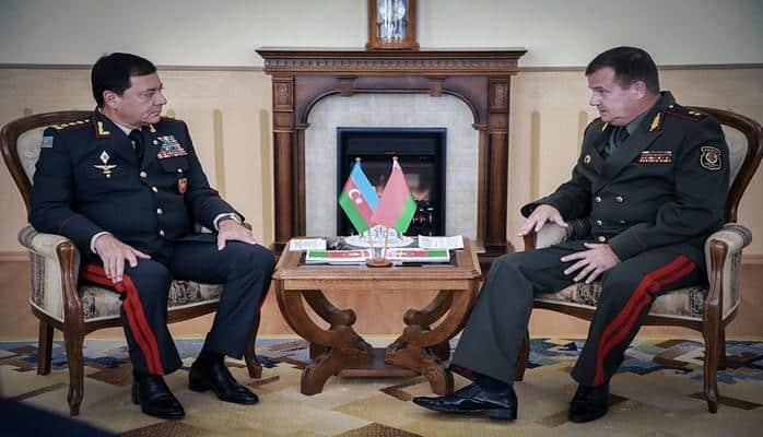 Azərbaycan Silahlı Qüvvələrinin Baş Qərargah rəisi ilə Belarusun müdafiə nazirinin görüşü olub