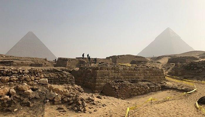 Под Каиром нашли гробницу возрастом порядка 4,5 тысячи лет