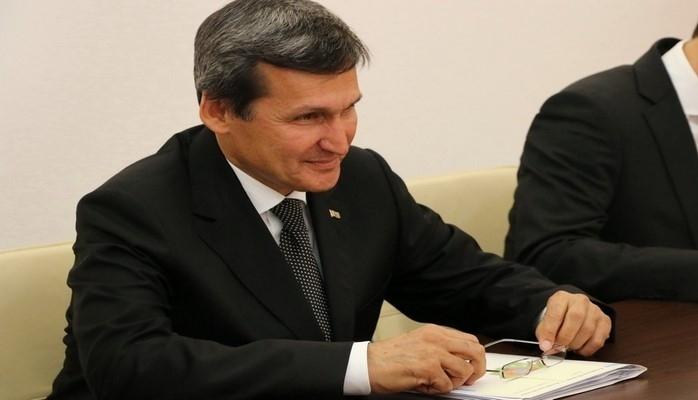 В Азербайджан прибыл министр иностранных дел Туркменистана