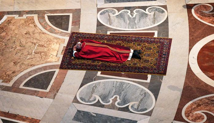 Roma Papasının bu görüntüsü izlənmə rekordları qırır