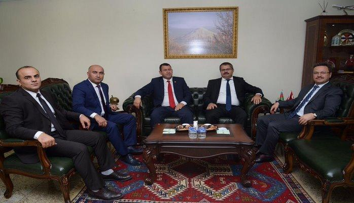 Посол Азербайджана в Турции обсудил с губернатором Игдыра двустороннее сотрудничество