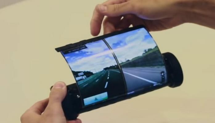 В Канаде создали смартфон в виде свитка