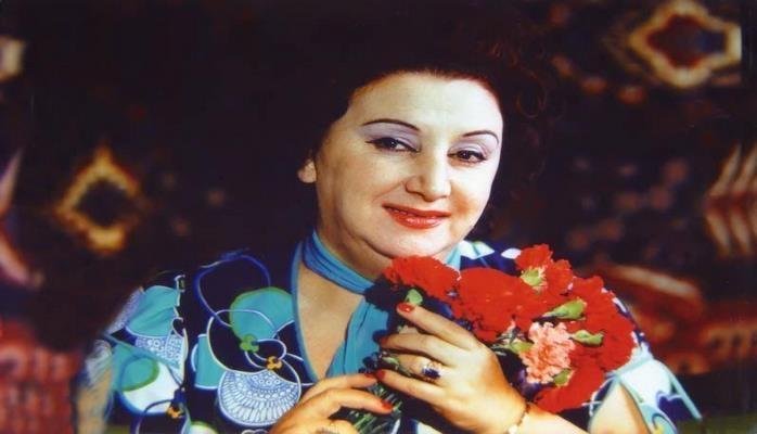 Сегодня день рождения Шовкет Алекперовой