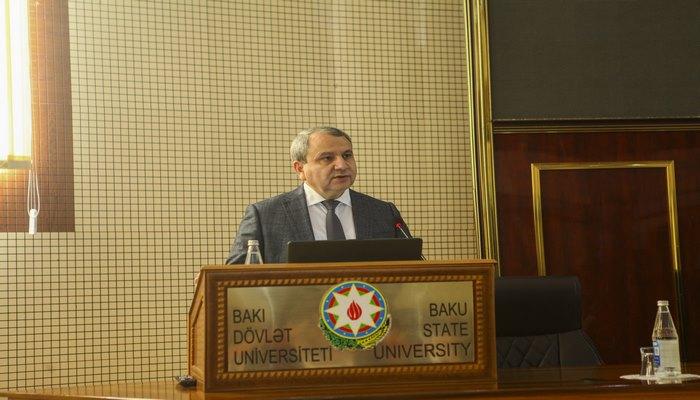 В БГУ почтена память выдающегося ученого-офтальмолога Зарифы Алиевой