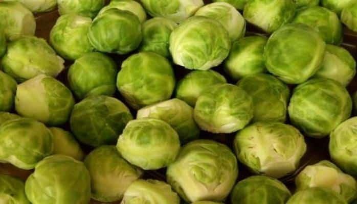 Медики рассказали, кому вредно есть капусту