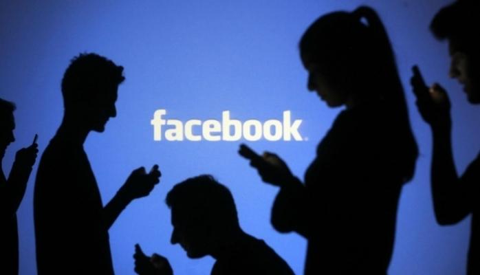 Facebook şirkəti facebook.ru domenini Zolotaya Koronadan tələb etdi