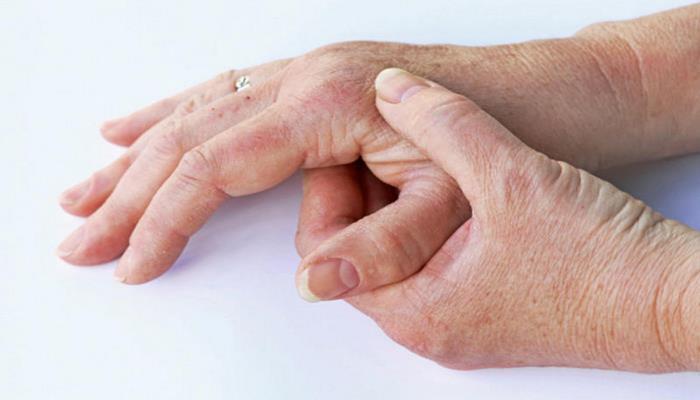 Почему немеют пальцы?