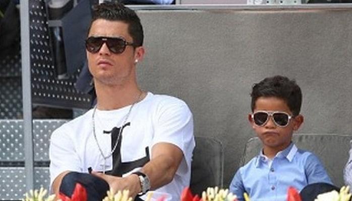 """Ronaldonun oğlu da """"Yuventus""""da"""