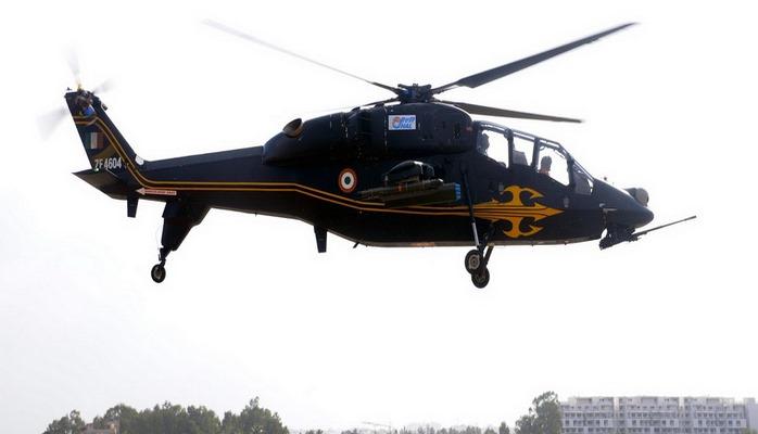 Hindistan ilk öz istehsalı olan hücum helikopterini sınaqdan keçirib
