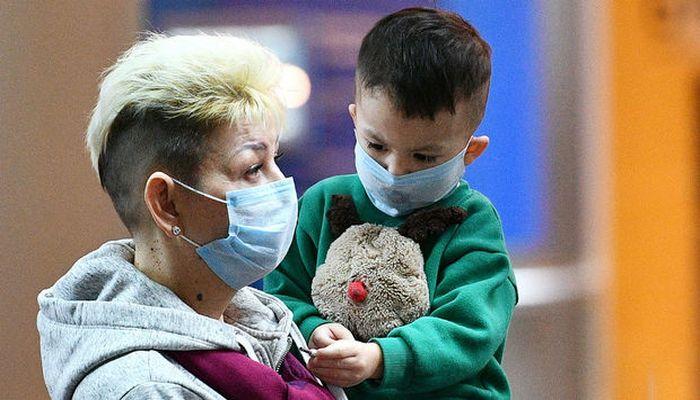 İki yaşdan kiçik uşaqlar maska taxmalıdır? - XƏBƏRDARLIQ