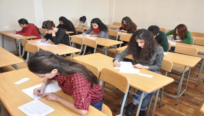 В Азербайджане обнародована дата проведения первого тура выпускных экзаменов для учеников 9-х классов