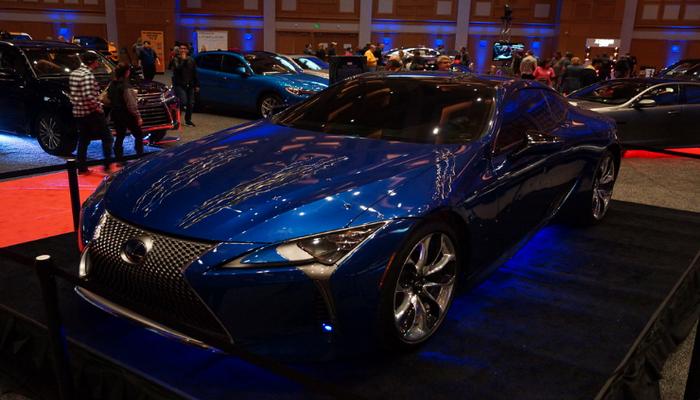 Седан Lexus LS получил лимитированную версию