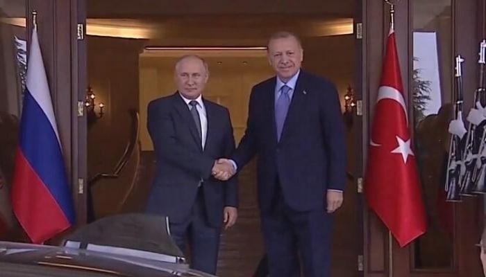 Putin Ankarada: Ərdoğanla görüş başladı