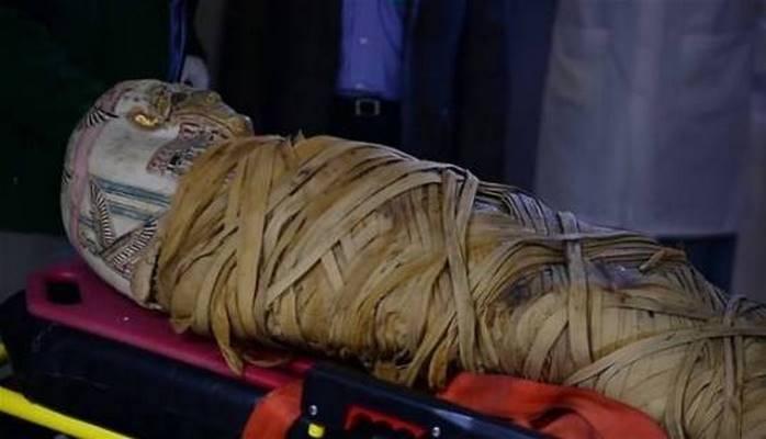 Antik qəbirdən çıxarılan mumiya çaşqınlıq yaratdı