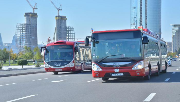 С завтрашнего дня все автобусы Баку будут работать по прежним маршрутам