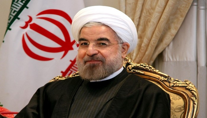 Хасан Рухани: Иран продолжит продажу нефти вопреки санкциям США