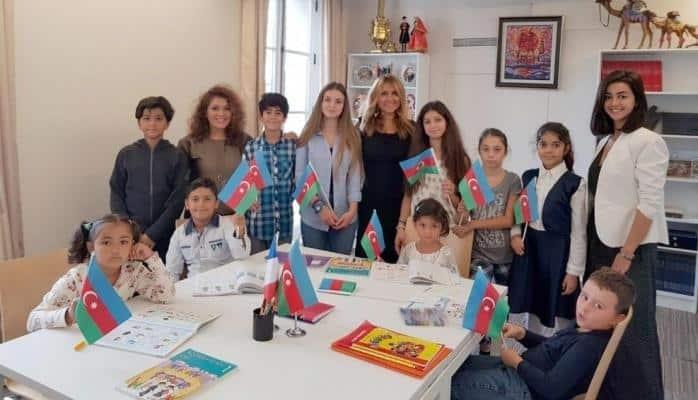 Parisdə Azərbaycan dili dərslərinin tədrisinə başlanılıb