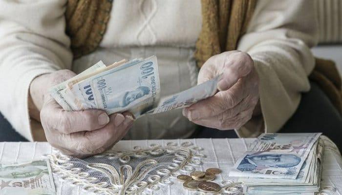 12 milyon emekli için bin TL'lik bayram ikramiyesi ödemeleri yarın başlıyor