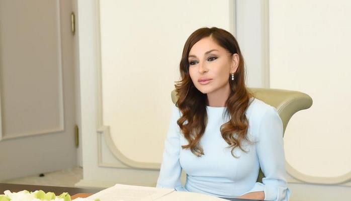 İspaniya jurnalı Mehriban Əliyevanın çoxşaxəli fəaliyyətindən yazdı
