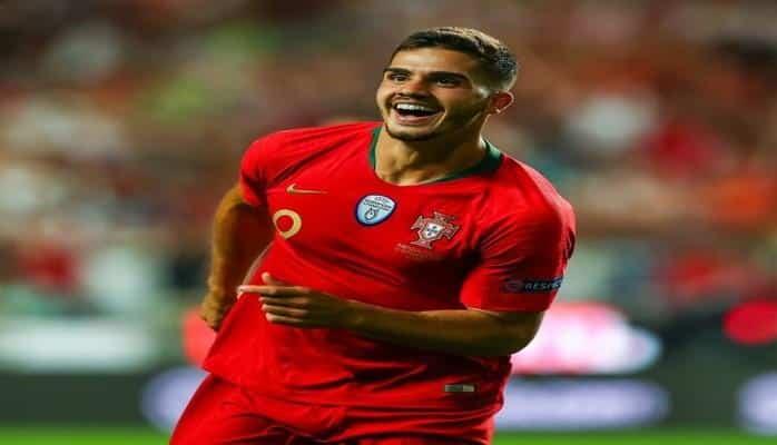 Сборная Португалии по футболу обыграла команду Италии в матче Лиги наций