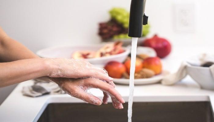 'Азерсу' не будет прекращать подачу воды из-за долга