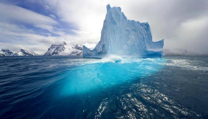 Супер соленая арктическая вода помогает ученым узнать об условиях жизни в космосе