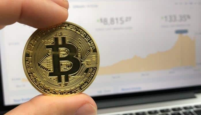 Bitcoin dünyanın ən yaxşı performans göstərən valyuta vahidi oldu