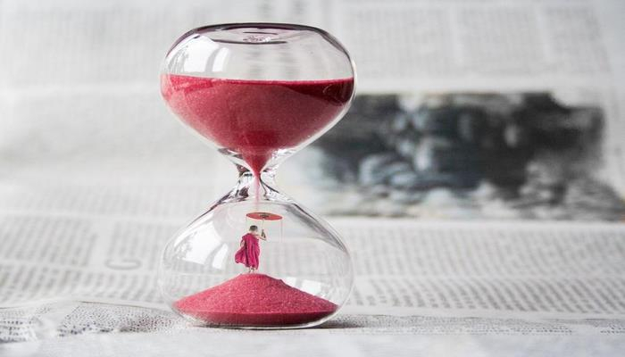 Психологи рассказали, как замедлить ход времени